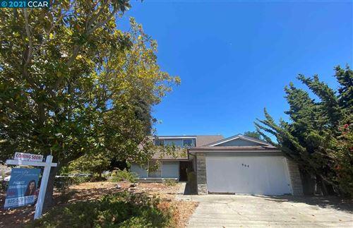 Photo of 904 Tara Hills Dr, PINOLE, CA 94564 (MLS # 40954864)