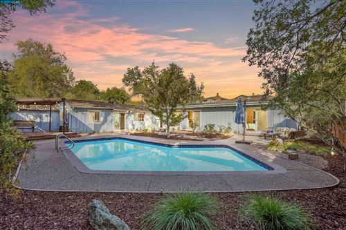 Photo of 61 Shady Ln, Walnut Creek, CA 94597 (MLS # 40970864)