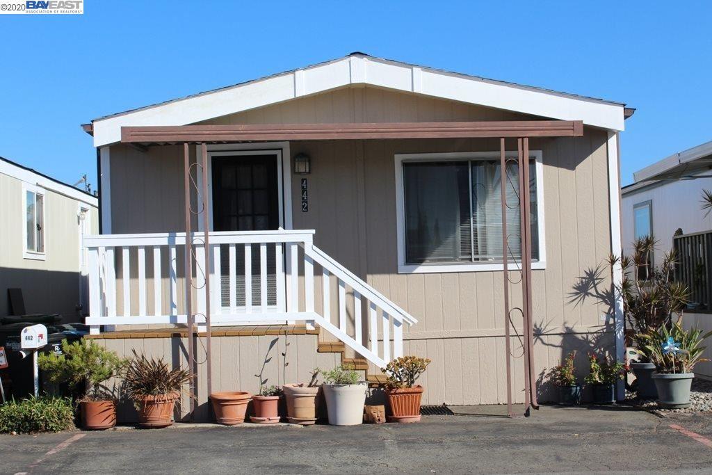 Photo for 3015 E. Bayshore Rd. #442, REDWOOD CITY, CA 94063 (MLS # 40925864)
