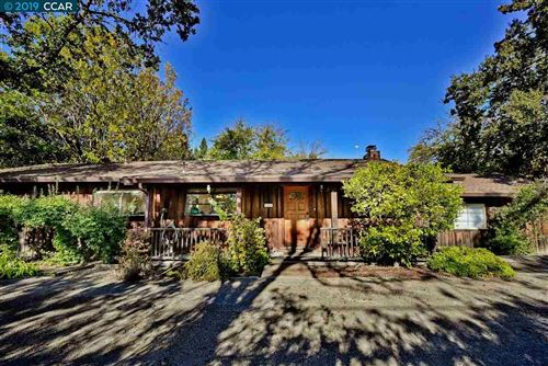 Photo of 934 Diablo Rd, DANVILLE, CA 94526 (MLS # 40888865)