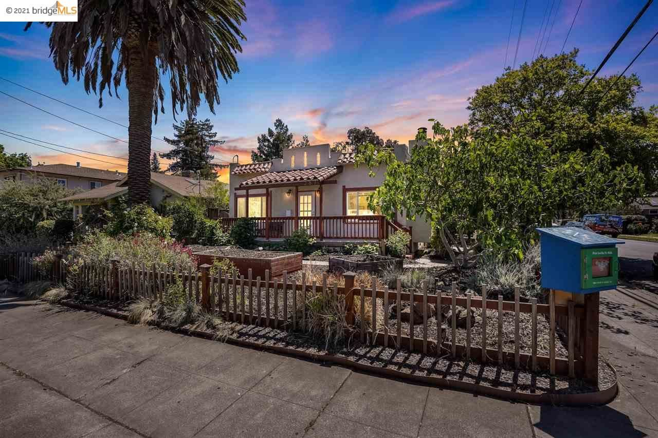 Photo for 267 Lincoln Ave, REDWOOD CITY, CA 94061 (MLS # 40947865)