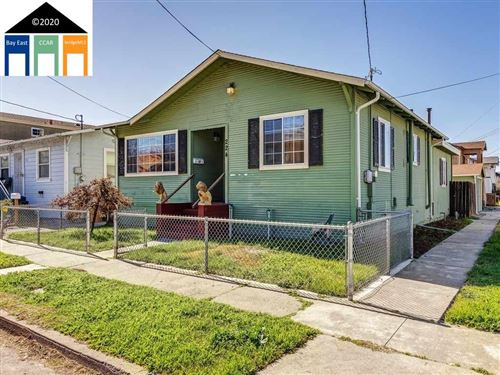 Photo of 224 Vaqueros Ave, RODEO, CA 94572-1243 (MLS # 40896866)