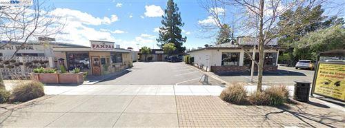 Photo of 3483 Castro Valley Blvd, CASTRO VALLEY, CA 94546 (MLS # 40919866)