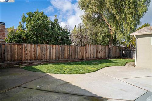 Tiny photo for 331 Edythe St, LIVERMORE, CA 94550 (MLS # 40892868)