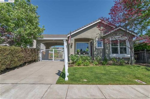 Photo of 1247 Central Ave, LIVERMORE, CA 94551 (MLS # 40947869)