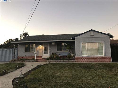 Photo of 2465 West Avenue 135th, SAN LEANDRO, CA 94577-4119 (MLS # 40929870)