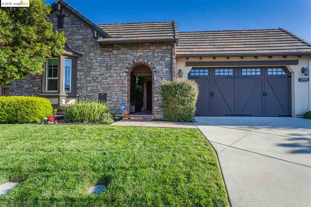 Photo for 1709 St. Emilion Ln., BRENTWOOD, CA 94513 (MLS # 40884870)