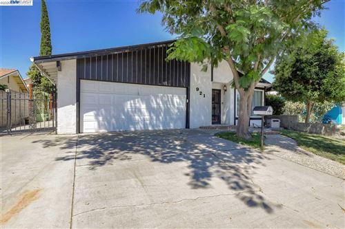 Tiny photo for 921 N Hickory Ave, TRACY, CA 95376 (MLS # 40914871)
