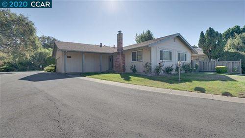 Photo of 5321 Valley View Rd, EL SOBRANTE, CA 94803 (MLS # 40926871)