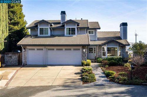 Photo of 908 Placer Ridge Rd, WALNUT CREEK, CA 94597 (MLS # 40933871)