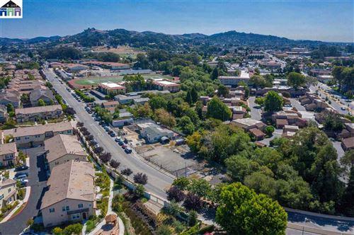 Photo of 2364 Road 20, SAN PABLO, CA 94806 (MLS # 40890872)
