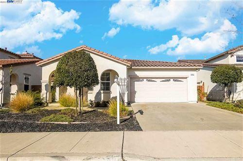 Photo of 29201 Eden Shores Dr, HAYWARD, CA 94545 (MLS # 40934872)