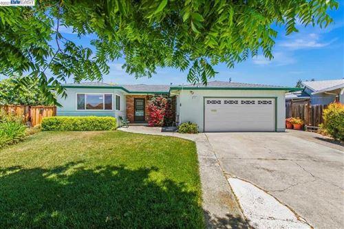 Photo of 4841 Claremont Park Ct, FREMONT, CA 94538 (MLS # 40954872)
