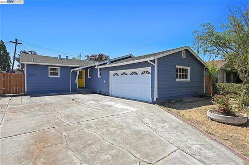 Photo of 229 Mcgrue Ave, VALLEJO, CA 94589 (MLS # 40959873)