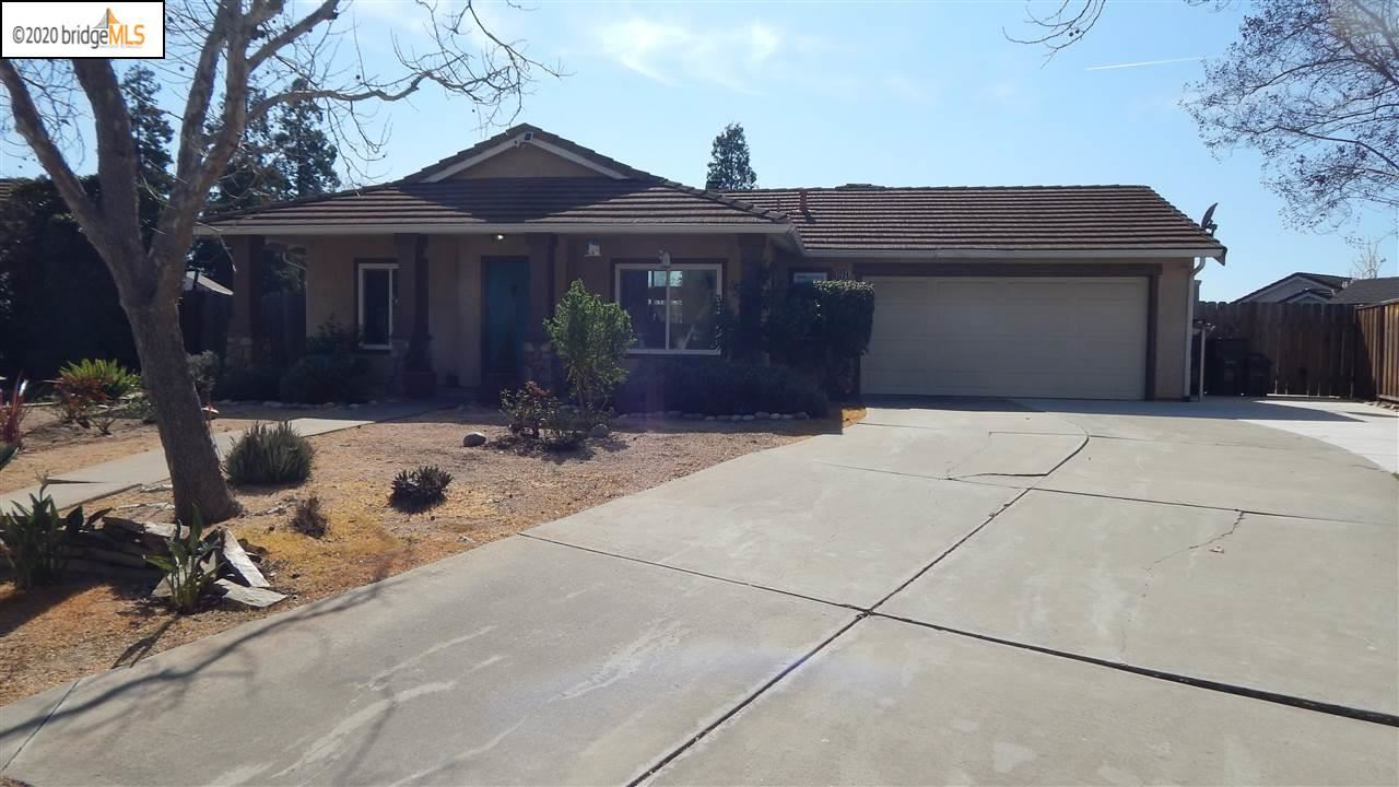 Photo for 1234 Village Green Dr, LIVERMORE, CA 94551 (MLS # 40896873)