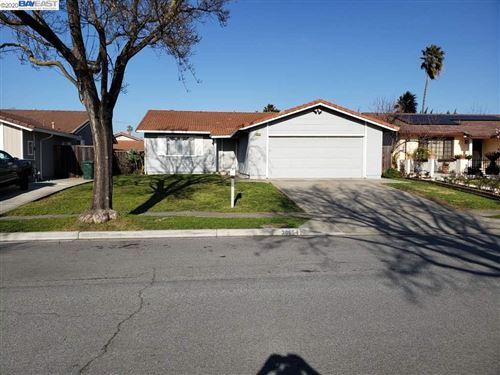 Photo of 38654 Lavender Pl, NEWARK, CA 94560 (MLS # 40895875)