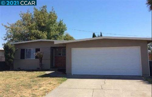 Photo of 431 San Mateo St, Fairfield, CA 94533 (MLS # 40970875)