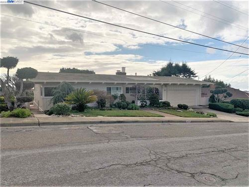 Photo of 1637 View Dr, SAN LEANDRO, CA 94577 (MLS # 40891876)