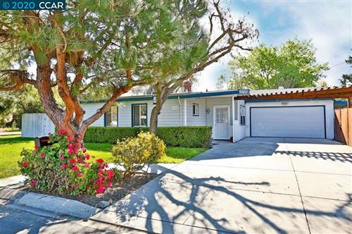 Photo of 1910 Florence Ln, CONCORD, CA 94520 (MLS # 40900877)