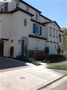 Photo of 563 SELBY LN #4, LIVERMORE, CA 94551 (MLS # 40853879)