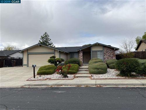 Photo of 901 Basalt Way, ANTIOCH, CA 94509 (MLS # 40889879)