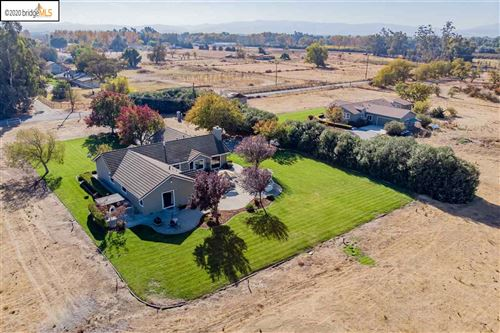 Photo of 2830 Penny Ln, BRENTWOOD, CA 94513 (MLS # 40929879)
