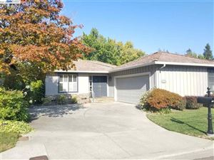 Photo of 607 Paradise Vly, DANVILLE, CA 94526 (MLS # 40838880)