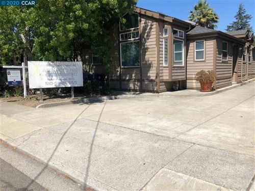 Photo of 19850 Lake Chabot Rd, CASTRO VALLEY, CA 94546 (MLS # 40915880)