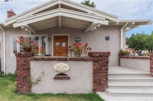 Photo of 935 Moorpark Street, OAKLAND, CA 94603 (MLS # 40917880)