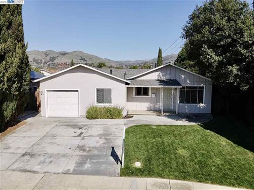 Photo of 532 Ridge Vista Ave, SAN JOSE, CA 95127-1453 (MLS # 40938880)