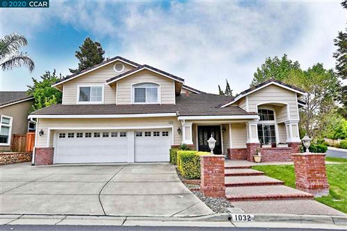 Photo of 1032 Pebble Beach Dr, CLAYTON, CA 94517 (MLS # 40904882)