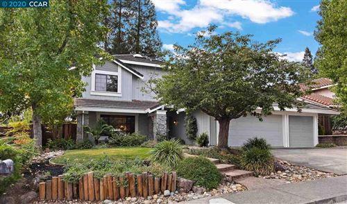 Photo of 736 Twinview Pl, PLEASANT HILL, CA 94523 (MLS # 40923883)