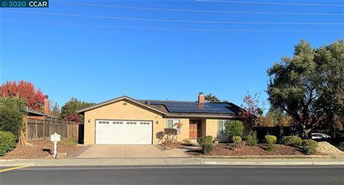 Photo of 270 Greenbrook Dr, DANVILLE, CA 94526 (MLS # 40930883)