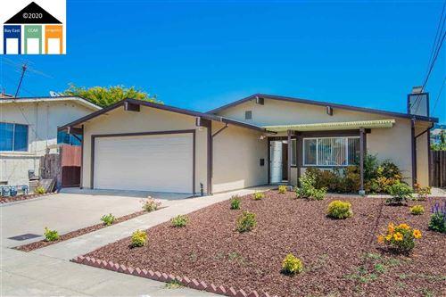 Photo of 978 Ventura, RICHMOND, CA 94805 (MLS # 40911886)