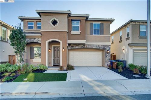 Photo of 2206 Toscana Dr, PITTSBURG, CA 94565 (MLS # 40884888)