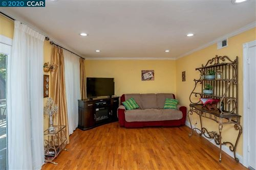 Tiny photo for 154 Orchid  Ct, HERCULES, CA 94547 (MLS # 40896889)