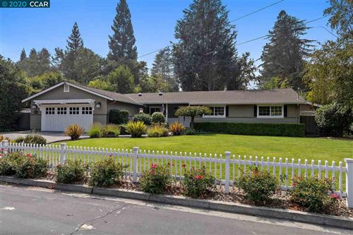 Photo of 637 Glen Rd, DANVILLE, CA 94526 (MLS # 40921890)