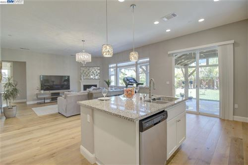 Photo of 172 Avery Ct, BRENTWOOD, CA 94513 (MLS # 40956891)