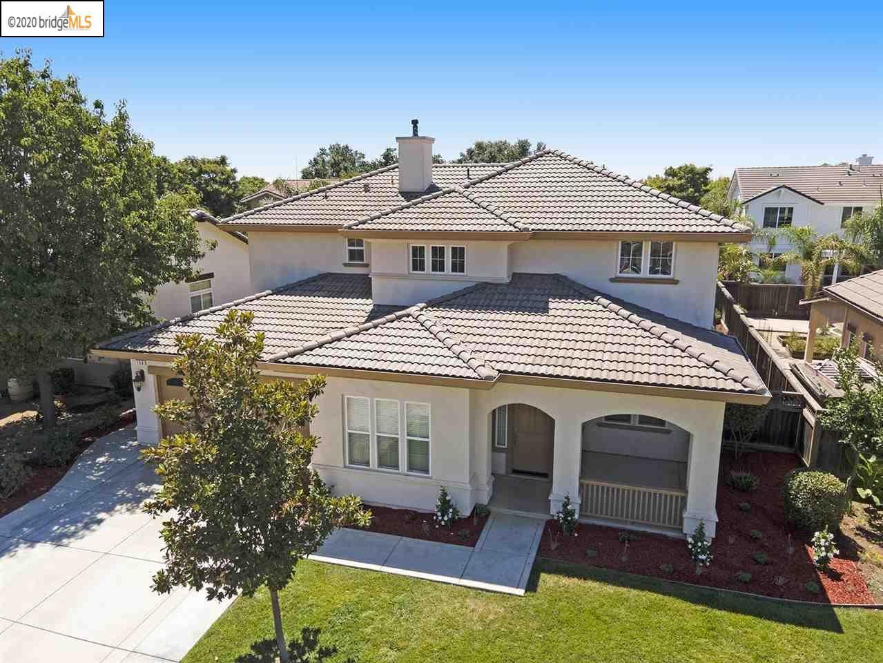 Photo of 758 Jennifer St, BRENTWOOD, CA 94513 (MLS # 40915892)