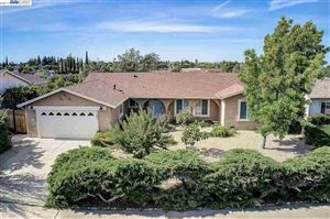 Photo of 1103 Ventura Dr, PITTSBURG, CA 94565 (MLS # 40868893)