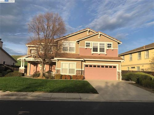 Photo of 2401 Forty Niner Way, ANTIOCH, CA 94531 (MLS # 40894893)