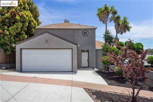 Photo of 5700 Burlingame Avenue, RICHMOND, CA 94804 (MLS # 40909893)