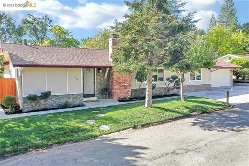 Photo of 508 Mcgrath Ct, Pleasant Hill, CA 94523 (MLS # 40970893)