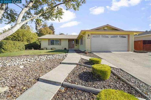 Photo of 814 Marie Ave, MARTINEZ, CA 94553 (MLS # 40934897)