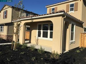 Photo of 1330 S Central Parkway, MOUNTAIN HOUSE, CA 95391 (MLS # 40882899)