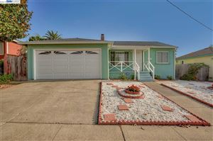 Photo of 997 Major Ave, HAYWARD, CA 94542 (MLS # 40888900)