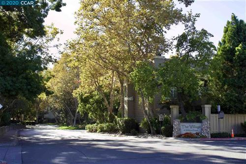 Photo of 1881 Stratton Cir, WALNUT CREEK, CA 94598 (MLS # 40926900)