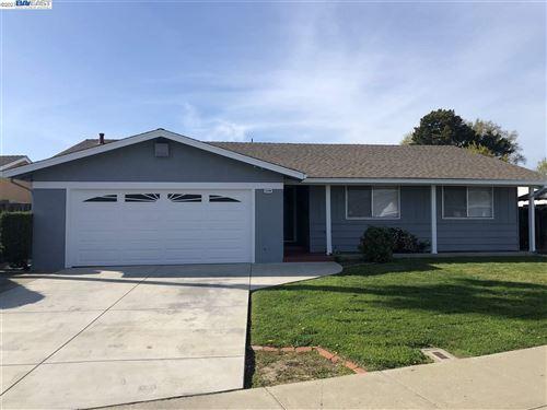 Photo of 2494 Almaden Blvd, UNION CITY, CA 94587 (MLS # 40947901)
