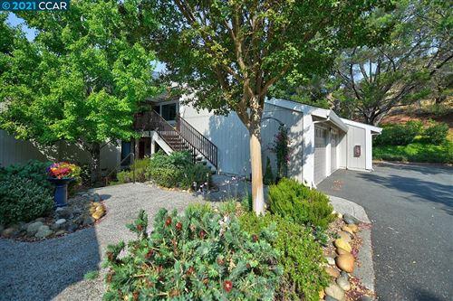 Photo of 3520 Rossmoor Pkwy, Walnut Creek, CA 94595 (MLS # 40969902)