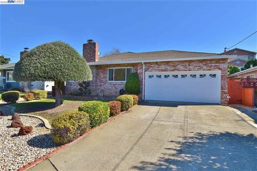 Photo of 21110 Ashfield Ave, CASTRO VALLEY, CA 94546 (MLS # 40896903)